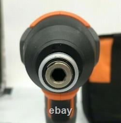 RIDGID R9272 18V Cordless 2-Tool Combo Kit with (2)Batteries, Charger, & Bag, GR