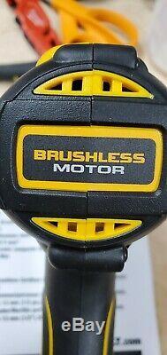 Dewalt 20v Max Xr Brushless Compact Perceuse Pilote 1/2 Dcd796 Nu Outil