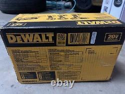 Kit Combo Sans Fil Max 20 Volts (4-tool) Avec (2) Batteries 1.5ah 20 Volts & Charg