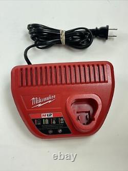 Milwaukee 2494-22 Kit Combo Sans Fil Li-ion 12v Sans Fil/impact Driver (2-outil)