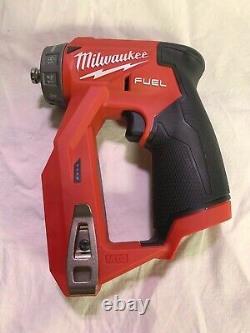 Milwaukee 2505-20 M12 Fuel Installation Drill Driver (outil, 4 Têtes Et Sac Uniquement)