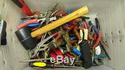 Vente En Gros Lot D'outils À Main, Pinces, Tenailles Tournevis, Perceuses, Douilles